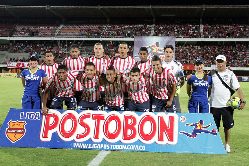 CÚCUTA -COLOMBIA, 21-08-2013. Jugadores del Junior posan para los fotógrafos antes del partido contra Cúcuta válido por la fecha 5 de la Liga Postobon II disputado en el estadio General Santander de la ciudad de Cucuta./ Players of Junior pose to the photographers befores the match against Cucuta valid for the fifth date of the Postobon League II at the General Santander Stadium in Cucuta city. Photo: VizzorImage/Manuel Hernandez/STR