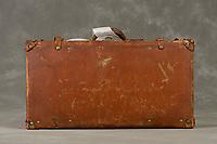 Willard Suitcases / John M /©2015 Jon Crispin