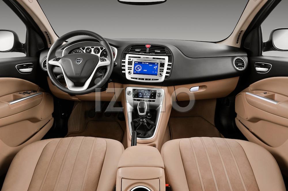 2011 Lancia Delta Gold 5 Door Hatchback   izmostock