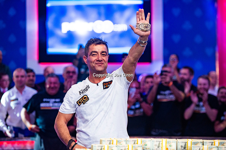 2019 WSOP Event 73: $10,000 No-Limit Hold'em MAIN EVENT - World Championship
