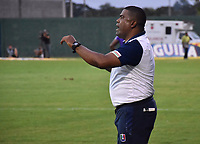 MONTERIA - COLOMBIA, 22-07-2018:  Hubert Bodhert, técnico del Once, gesticula durante partido entre Jaguares FC y Once Caldas por la fecha 1 de la Liga Águila II 2018 jugado en el estadio Municipal de Montería. / Hubert Bodhert, coach of Once, gestures during the match between Jaguares FC and Once Caldas for the date 1 of the Liga Aguila II 2018 at the Municipal de Monteria Stadium in Monteria city . Photo: VizzorImage / Andres Felipe Lopez / Cont