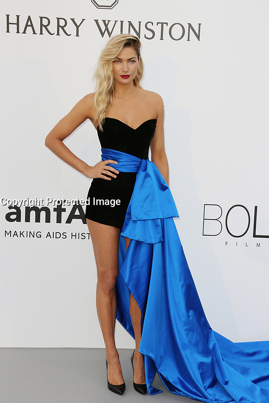 JESSICA HART<br /> amfAR Gala Cannes 2017 - Arrivals<br /> CAP D'ANTIBES, FRANCE - MAY 25 arrives at the amfAR Gala Cannes 2017 at Hotel du Cap-Eden-Roc on May 25, 2017 in Cap d'Antibes, France