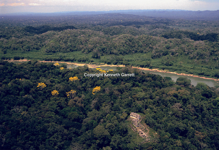 Maya; Yaxchilan; Lost Kingdoms of the Maya; p.8-9, aerial, Usumacinta River
