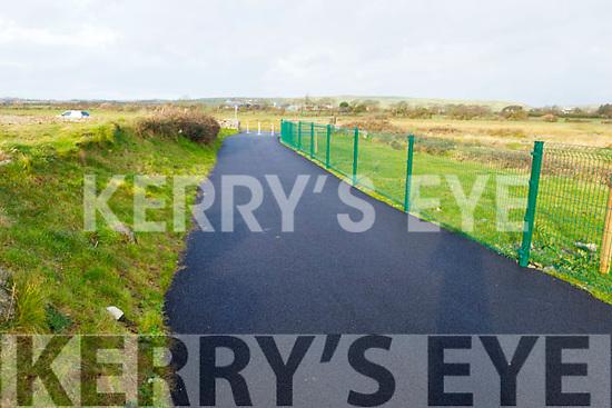 The new walkway between Cockleshell Rd and Lohercannon.