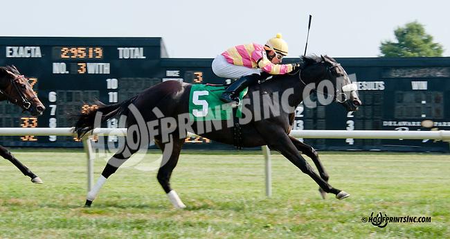 A Little Bit Sassy winning at Delaware Park on 9/21/13