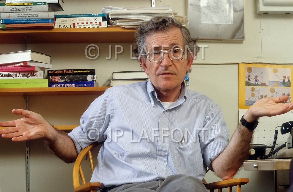 May 20th 1988, Cambridge, Massachusetts, USA. Celebrated linguist Noam Chomsky in his office at Massachusetts Institute of Technology (MIT) where he is honorary Professor. An engaged and militant politician, Chomsky is known as the founder of tranformational generative grammar.
