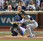 Masahiro Tanaka (Yankees), SEPTEMBER 18, 2015 - MLB : New York Yankees starter Masahiro Tanaka bunts against the New York Mets in the second inning of a baseball game in New York, United States. (Photo by AFLO)