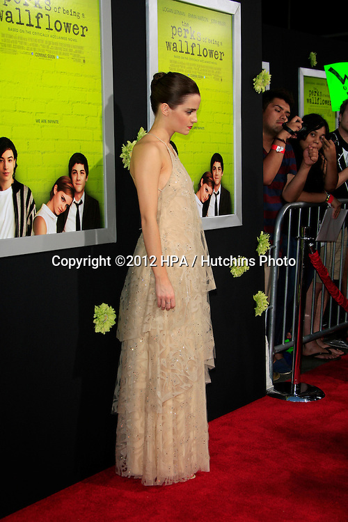 """LOS ANGELES - SEP 10:  Emma Watson arrives at """"The Perks of Being a Wallflower"""" Premiere at ArcLight Cinemas on September 10, 2012 in Los Angeles, CA"""