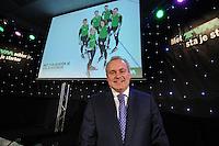 SCHAATSEN: HOOGEVEEN: hoofdkantoor TVM verzekeringen, 02-11-2012, Perspresentatie TVM schaatsploeg, Arjan Bos (president-directeur TVM), ©foto Martin de Jong