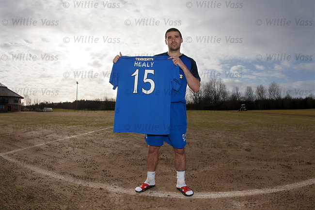 David Healy with the no 15 shirt for Rangers