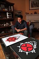 (171115RREI1275) Che, Guatemalan artist. La Esquina Project, Mt. Pleasant, Washington DC.  Nov. 15 ,2017 . ©  Rick Reinhard  2017     email   rick@rickreinhard.com