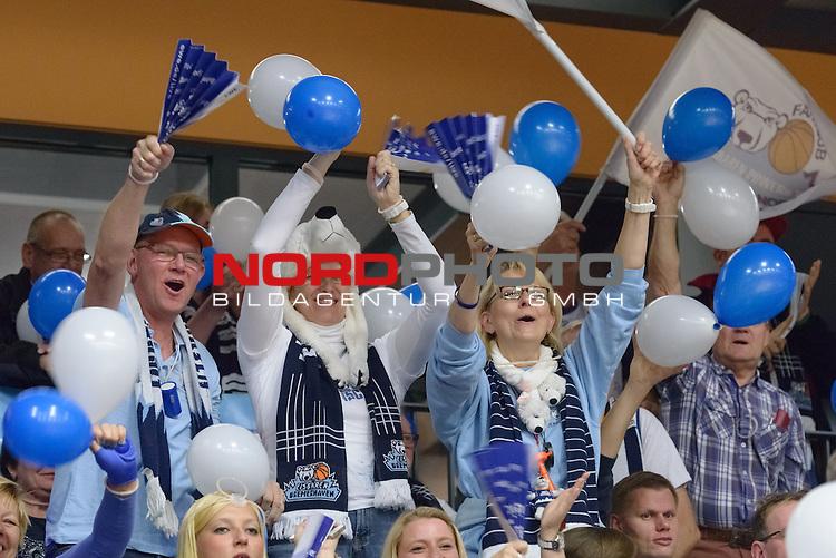 22.10.2016, RASTA Dome 2.0, VECHTA, GER, easyCreditBBL, RASTA Vechta Eisbaeren Bremerhaven, im Bild<br /> <br /> Die Fans der Eisb&auml;ren Bremerhaven<br /> <br /> Foto &copy; nordphoto / Trubel