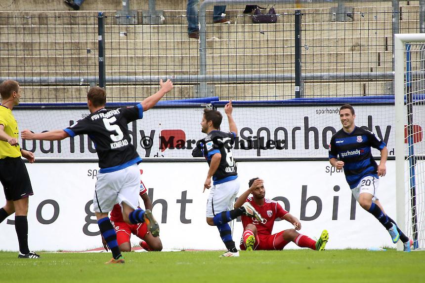Michael Goerlitz (FSV) erzielt das 2:0 und jubelt, Ingolstadt ist frustriert - FSV Frankfurt vs. FC Ingolstadt, 8. Spieltag, Frankfurter Volksbank Stadion
