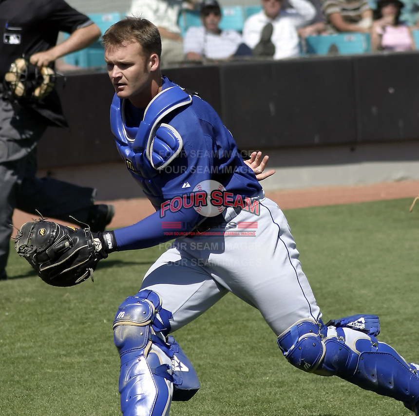 April 1, 2004:  Catcher David Ross of the Los Angeles Dodgers organization during Spring Training at Space Coast Stadium in Melbourne, FL.  Photo copyright Mike Janes/Four Seam Images