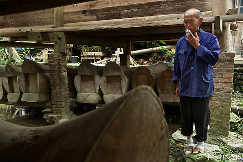 Feng Shui Master Wu visits his coffin stored under his neighbour's house in Dimen.