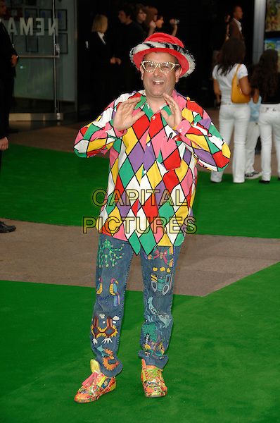 "TIMMY MALLET.""Shrek the Third"" UK film premiere, Odeon cinema, Leicester Square, London, England, 11th June 2007..3rd  full length costume jester hat multi-coloured patterned print shirt trousers shoes funny fashion disaster.CAP/PL.©Phil Loftus/Capital Pictures"