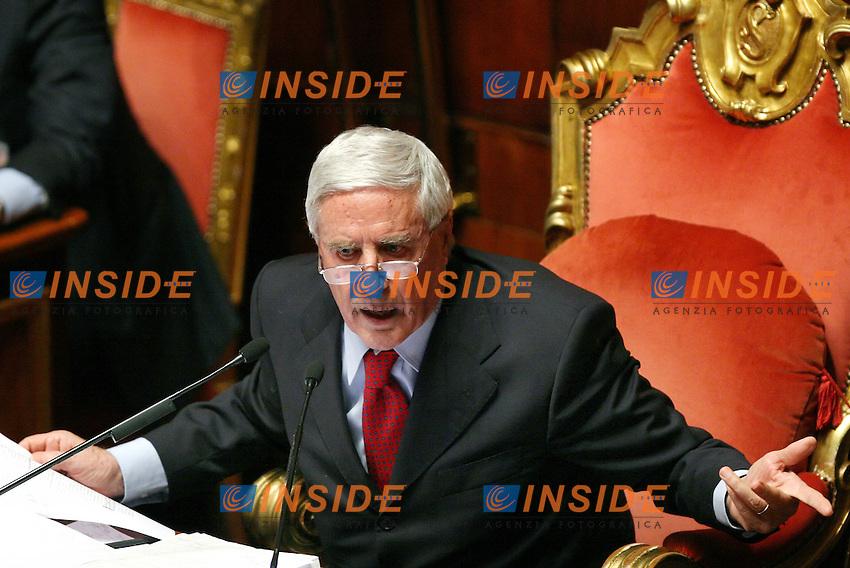 Roma 14-11-2006 Senato:Votazione sul Decreto Fiscale<br /> Nella foto il Presidente del Senato Franco Marini<br /> Photo Serena Cremaschi Inside (www.insidefoto.com)