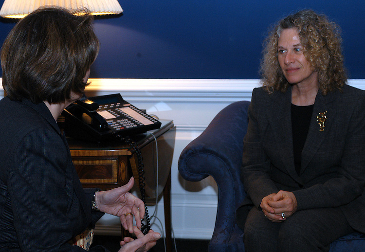 king1/040803 - Singer Carole King visited Rep. Nacy Pelosi, D-Ca., about protecting the environment in the Northern Rockies.