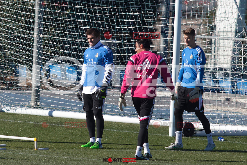 Iker Casillas and Keylor Navas during a sesion training at Real Madrid City in Madrid. January 23, 2015. (ALTERPHOTOS/Caro Marin) /NortePhoto<br /> NortePhoto.com