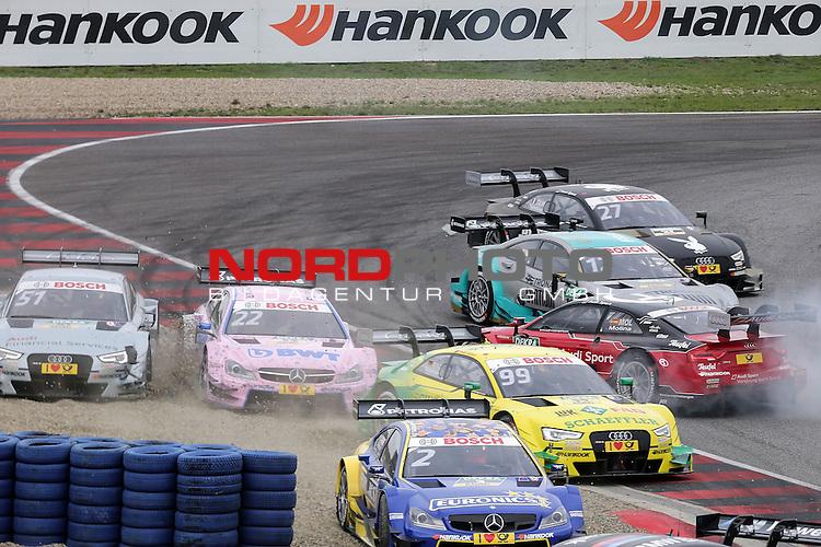 DTM 2015, 07.Lauf Oschersleben, 11.09. - 13.09.15 <br /> Unfall zwischen Lucas Auer (AUT#22) Euronics/BWT Mercedes-AMG C-Coup&eacute; und Nico M&uuml;ller (CH#51) Audi Sport Team Rosberg Audi RS 5 DTM <br /> <br /> <br /> <br /> <br /> <br /> Foto &copy; nordphoto /  Bratic