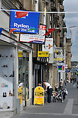 Paisley High Street area - Picture by Donald MacLeod - 06.06.11 - 07702 319 738 - www.donald-macleod.com - clanmacleod@btinternet.com