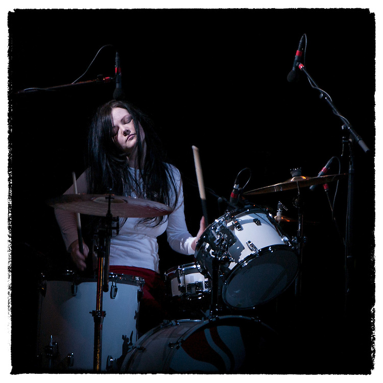 Meg White accompanies brother Jack on their song Hotel Yorba to end their set on Coachella's main stage Sunday, April 27, 2003