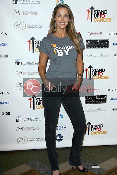 Elizabeth Berkley<br />at Stand Up To Cancer. Kodak Theater, Hollywood, CA. 09-05-08<br />Dave Edwards/DailyCeleb.com 818-249-4998