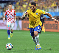 SAO PAULO - BRASIL -12-06-2014. Hulk jugador de Brasil  . Accion de juego entre Brasil y Croacia  en partido del Grupo A de la fase inicial jugado en el estadio Arena Corinthians en Sao Paulo por la Copa Mundial de la FIFA Brasil 2014./ Hulk player of Brazil.Action game between Brazil and Croatia during the match of Group A of the initial phaseplayed at Arena Corinthians in Sao Paulo for the 2014 FIFA World Cup Brazil. Photo: VizzorImage / Alfredo Gutierrez / Contribuidor