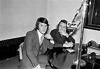 Salvatore Adamo en entrevue à la radio CJRP<br /> ,vers 1970<br /> <br /> Photographe : Jacques Thibault<br /> - Agence Quebec Presse