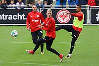 Kevin-Prince Boateng (Eintracht Frankfurt) gegen Marius Wolf (Eintracht Frankfurt) - 10.10.2017: Eintracht Frankfurt Training, Commerzbank Arena