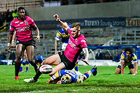 Picture by Alex Whitehead/SWpix.com - 08/03/2018 - Rugby League - Betfred Super League - Leeds Rhinos v Hull FC - Emerald Headingley Stadium, Leeds, England - Leeds' Ashton Golding and Hull FC's Marc Sneyd chase down the ball.