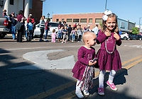 Little fans waiting to cheer for the women's basketball team.<br />  (photo by Beth Wynn / &copy; Mississippi State University)