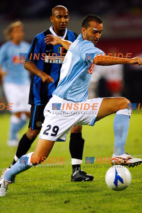 Napoli 11/8/2006 Trofeo Birra Moretti tra Napoli Juventus Inter. Vittoria della Juventus sul Napoli.<br /> <br /> Photo Andrea Staccioli Inside<br /> <br /> Cristian Bucchi Napoli, Olivier Dacourt Inter