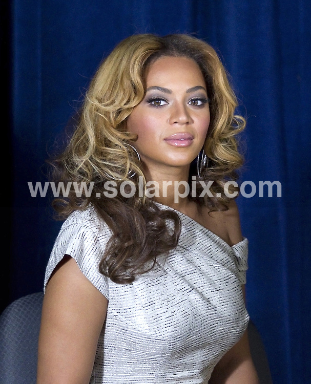 **ALL ROUND PICTURES FROM SOLARPIX.COM**.**SYNDICATION RIGHTS FOR UK, AUSTRALIA, DENMARK, PORTUGAL, S. AFRICA, SPAIN & DUBAI (U.A.E) ONLY**.Beyonce Knowles at The Beyonce Cosmetology Center Unveiling at Phoenix House in Brooklyn NY USA..This pic: Beyonce Knowles..JOB REF: 10847    PHZ/mayer    DATE: 05.03.2010.**MUST CREDIT SOLARPIX.COM OR DOUBLE FEE WILL BE CHARGED**.**MUST NOTIFY SOLARPIX OF ONLINE USAGE**.**CALL US ON: +34 952 811 768 or LOW RATE FROM UK 0844 617 7637**
