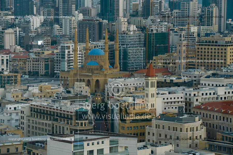 LEBANON, Beirut, Mohammed-al-Amin-Mosque,  a sunni mosque build 2008 at place of martyrs, which was during civil war the so called green line of demarcation, the battle field between muslim and christian milicia / LIBANON, Beirut, Mohammed-al-Amin-Moschee, eine sunnitische Moschee und Freitagsmoschee der libanesischen Hauptstadt, wurde 2008 am Platz der Maertyrer in der Innenstadt Beiruts eingeweiht, hier verlief die Demarkationslinie green line  im Buergerkrieg, die Kampfzone zwischen Milizen von Muslimen und Christen
