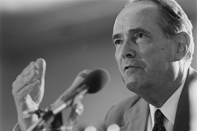 Former Attorney General Dick Thornburgh, R-Pa., testifies before Joint Committee on Organization of Congress on June 24, 1993. (Photo by Laura Patterson/CQ Roll Call via Getty Images)