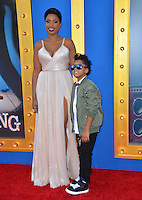 LOS ANGELES, CA. December 3, 2016: Actress Jennifer Hudson &amp; son David Daniel Otunga Jr. at the world premiere of &quot;Sing&quot; at the Microsoft Theatre LA Live.<br /> Picture: Paul Smith/Featureflash/SilverHub 0208 004 5359/ 07711 972644 Editors@silverhubmedia.com
