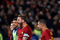 Roma's Daniele De Rossi, foreground, celebrates with his teammates at the end of the Italian Serie A football match between Roma and Lazio at Rome's Olympic stadium, 18 November 2017. Roma won 2-1.<br /> UPDATE IMAGES PRESS/Riccardo De Luca