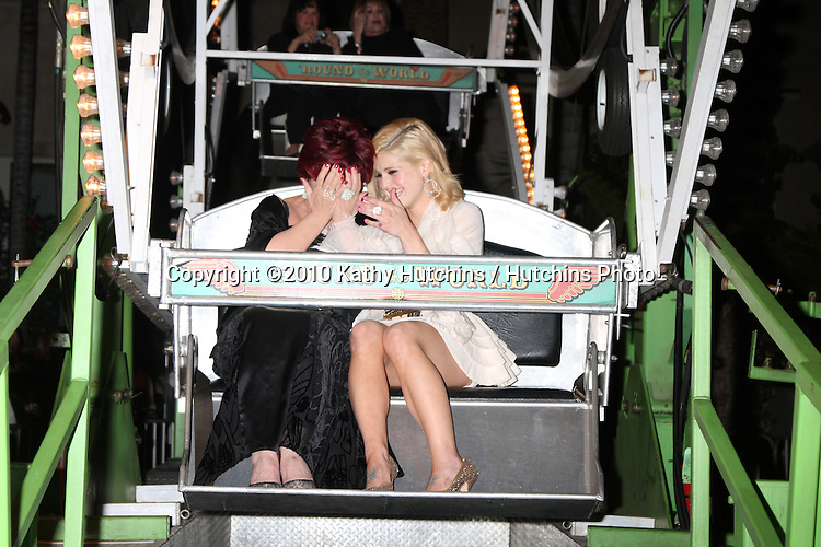 LOS ANGELES - SEP 11:  Sharon & Kelly Osbourne attends The Brent Shapiro Foundation For Alcohol and Drug Awareness Summer Spectacular 2010 Event at Private Estate on September 11, 2010 in Beverly Hills, CA