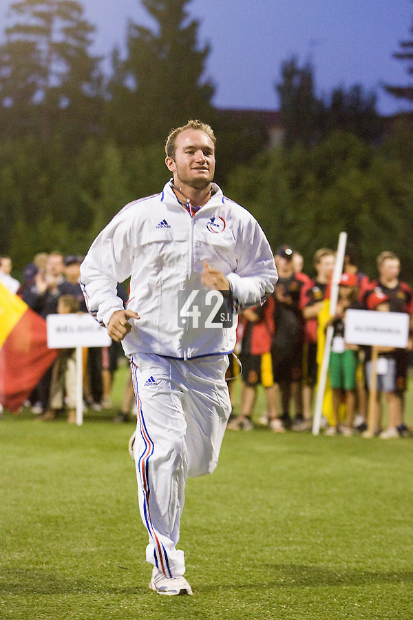 BASEBALL - EUROPEAN UNDER -21 CHAMPIONSHIP - PAMPELUNE (ESP) - 03 TO 07/09/2008 - PHOTO : CHRISTOPHE ELISE .CLOSING CEREMONY -  JORIS BERT (FRANCE)