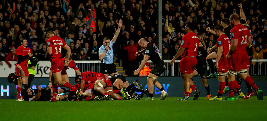 Referee Thomas Foley awards Exeter a try<br /> <br /> Photographer Bob Bradford/CameraSport<br /> <br /> Gallagher Premiership Round 10 - Exeter Chiefs v Saracens - Saturday 22nd December 2018 - Sandy Park - Exeter<br /> <br /> World Copyright © 2018 CameraSport. All rights reserved. 43 Linden Ave. Countesthorpe. Leicester. England. LE8 5PG - Tel: +44 (0) 116 277 4147 - admin@camerasport.com - www.camerasport.com