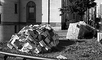 ƒlŽments de CORRIDART, rue Sherbrooke. - 5 juillet 1976. / Louis-Philippe Meunier. Archives de la Ville de MontrŽal. VM94-EM0745-024