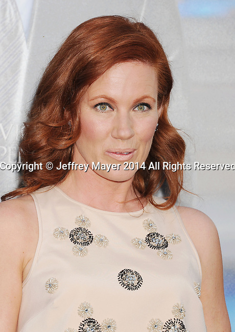 WESTWOOD, CA- APRIL 07: Actress Elisa Donovan attends the Los Angeles premiere of 'Draft Day' at the Regency Village Theatre on April 7, 2014 in Westwood, California.