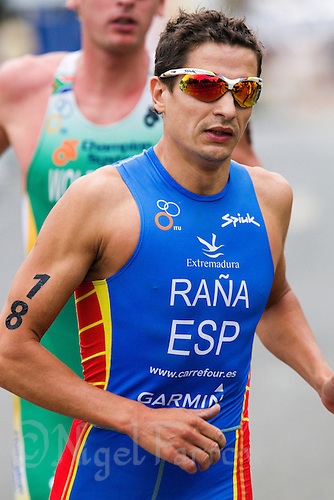 25 JUL 2010 - LONDON, GBR - Ivan Rana - elite mens round of the  London leg of the ITU World Championship Series triathlon .(PHOTO (C) NIGEL FARROW)