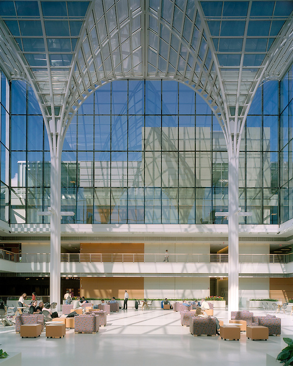 University of Chicago Graduate School of Business   Rafael Viñoly Architects