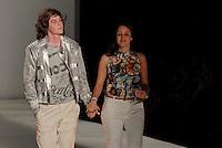RIO DE JANEIRO, RJ, 12 DE JANEIRO 2012 - FASHION RIO - DESFILE COCA COLA CLOTHING - Modelo durante desfile da grife Coca Cola Clothing no terceiro dia de desfiles da edição inverno 2012 do Fashion Rio, no Pier Mauá na cidade do Rio de Janeiro nesta quinta-feira, 12. (FOTO: MAURO PIMENTEL - NEWS FREE).