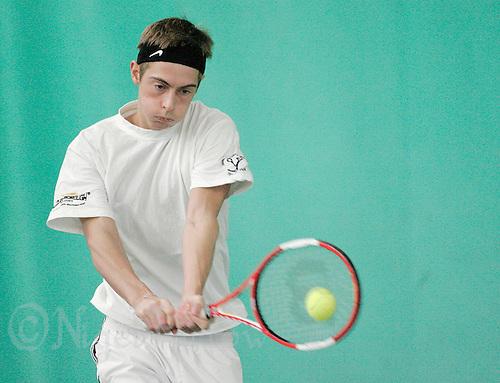 06 MAR 2007 - LOUGHBOROUGH, UK - Dave Culshaw - Indoor tennis practice. (PHOTO (C) NIGEL FARROW)