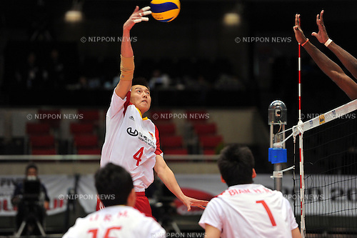 Zhang Chen (CHN),..DECEMBER 2,2011 - Volleyball : FIVB Men's Volleyball World Cup 2011,4th Round Tokyo(B) during match between Cuba 3-2 China at Tokyo Metropolitan Gymnasium, Tokyo, Japan. (Photo by Jun Tsukida/AFLO SPORT) [0003]