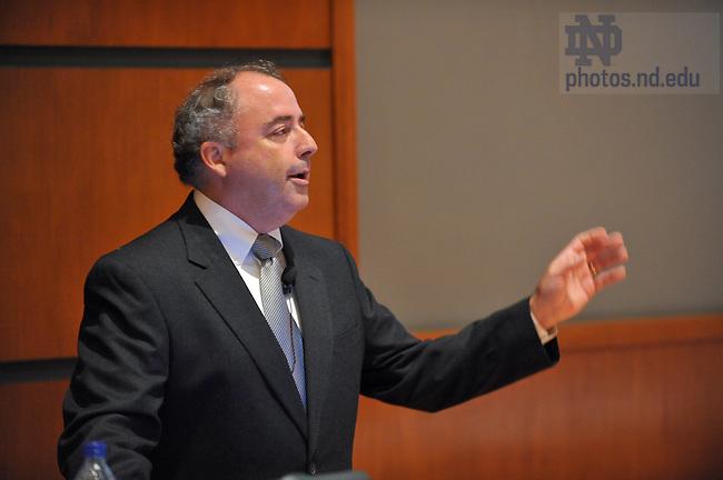 William Bastedo, partner and VP of Booz Allen Hamilton, speaks at the Mendoza College of Business career night...Photo by Matt Cashore/University of Notre Dame