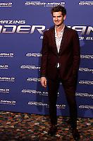 """L'attore statunitense Andrew Garfield posa sul red carpet per l'anteprima del film """"The Amazing Spider-Man 2 - Il potere di Electro"""" a Roma, 14 aprile 2014.<br /> U.S. actor Andrew Garfield poses on the red carpet for the premiere of the movie """"The Amazing Spider-Man 2"""" in Rome, 14 April 2014.<br /> UPDATE IMAGES PRESS/Riccardo De Luca"""